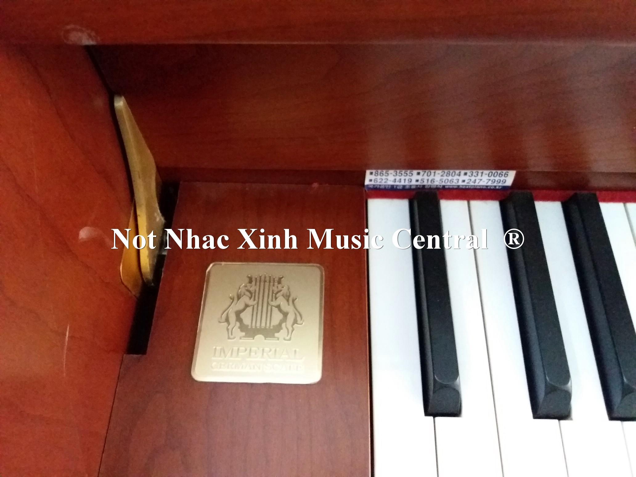 Đàn piano cơ Samick SC230NCD